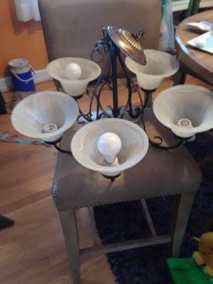 5 bulb hanging light fixture for Sale in Baltimore, MD
