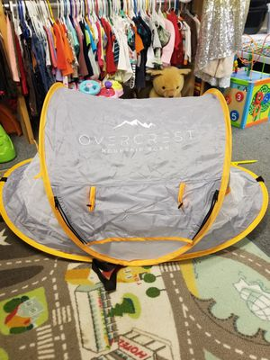 Overcrest Mountain Born Portable Beach Pop Up Tent for infants babies for Sale in Seattle, WA