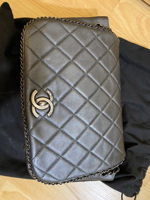Chanel shoulder bag. for Sale in Burlingame, CA