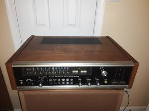 Vintage Stereo/Turntable Set Up for Sale in Virginia Beach, VA