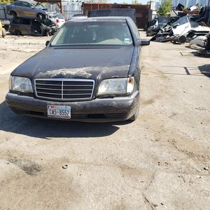 1998 Mercedes S500 for parts for Sale in Dallas, TX