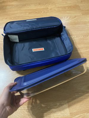 Pyrex Casserole Carrier for Sale in Victorville, CA