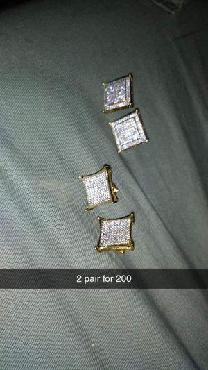 1 ct diamond screw back earrings for Sale in Detroit, MI