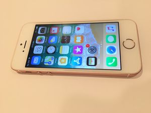 iPhone 5SE AT&T 32gb 5mths old for Sale in Manassas, VA