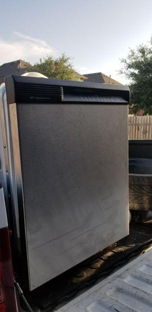 Frigidaire dishwasher for Sale in Dallas, TX