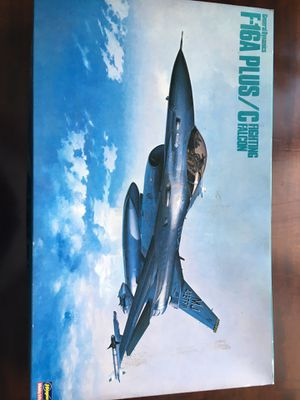 1989 F-16A Plus/C Fighting Falcon Jet model for Sale in Randolph, NE