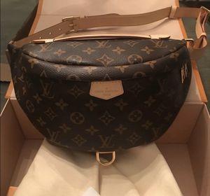 Louis Vuitton classic monogram bum bag for Sale in Boston, MA