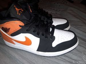 Air Jordan mid1 size 10 for Sale in South Gate, CA