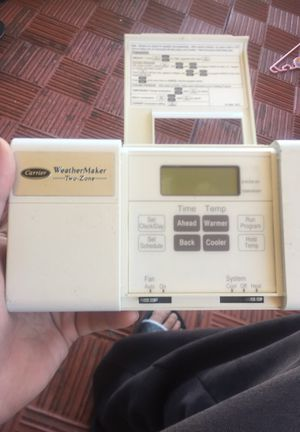 AC & Heat Carrier Weather Maker a Thermostats Control box for Sale in Los Angeles, CA