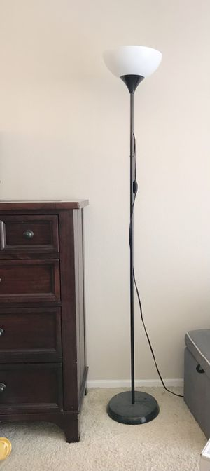 Floor lamp black for Sale in Cypress, CA