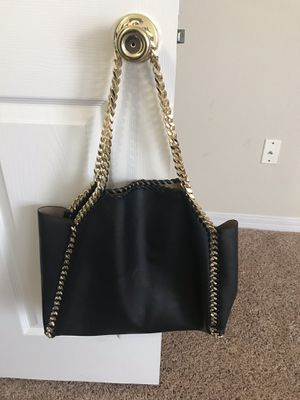 Black tote bag with Gold chain for Sale in Manassas, VA