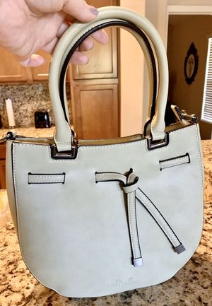 Medium Size Purse for Sale in Chandler, AZ