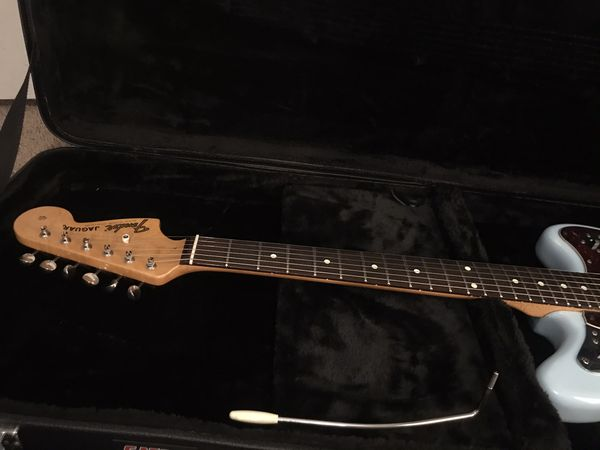 Fender Classic Player Jaguar Special HH Sonic Blue with Gator Hardcase