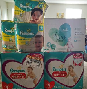 Pampers #4 + one size 5 for Sale in Moreno Valley, CA