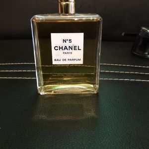 No 5 Chanel Perfume for Sale in Detroit, MI
