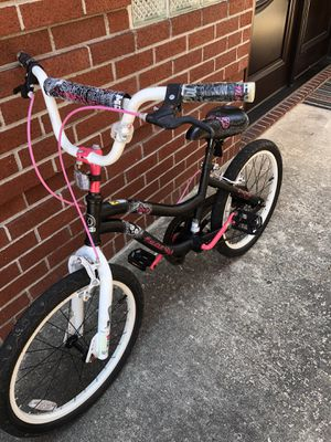 "20"" Monster High bike, good condition, everything works for Sale in Brooklyn, NY"