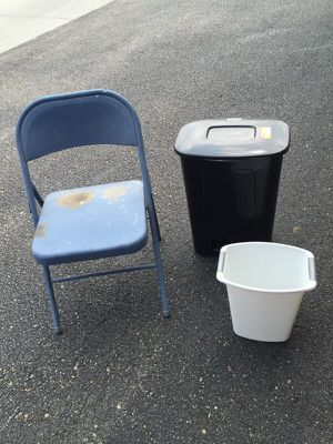 Chair and Thrush for Sale in Wichita, KS