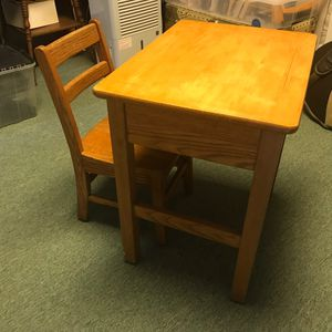 Child's Vintage School Desk And Chair for Sale in Sykesville, MD