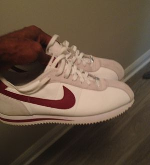 Authentic must go Size 11 $40 NEVER WORN JUST DIRTY for Sale in Miami Beach, FL