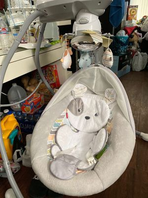 Fisher price Baby swing for Sale in Baldwin Park, CA