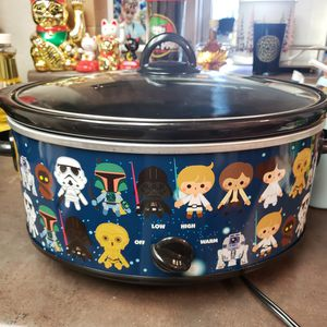 Star wars slow cooker 7QT for Sale in Richmond, CA