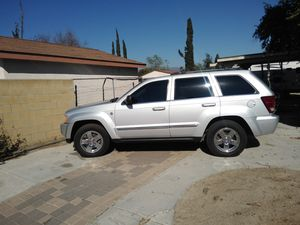 2007 Jeep Grand cherokee limited clean title 4x4 for Sale in Fontana, CA