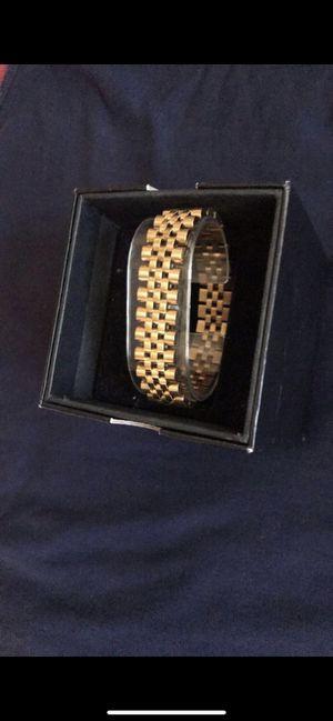 Gold bracelet for Sale in Alhambra, CA