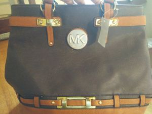 Mk michael kors purse for Sale in Gautier, MS
