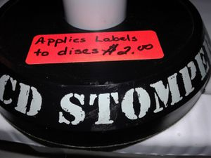 CD STOMPER, 13 SHEETS OF LABELS, 4 NEW DISCS $2.00 for all for Sale in Manteca, CA
