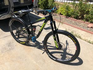 Trek Remedy 27.5 small tubeless for Sale in San Diego, CA
