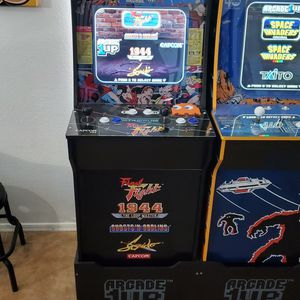 Arcade 1up Final Fight Cabinet with Riser for Sale in Surprise, AZ