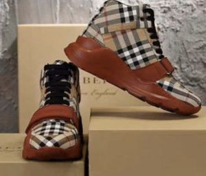 Burberry shoes eu44 us10 for Sale in Baldwin Park, CA