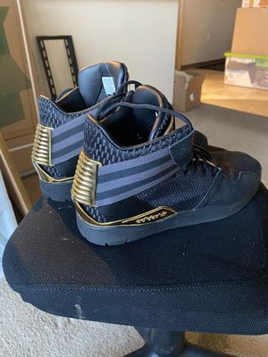 High top Adidas gold and black size 12 for Sale in Denver, CO