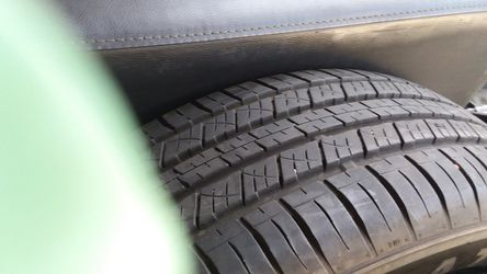 225/65/17 tires for Sale in Inglewood,  CA