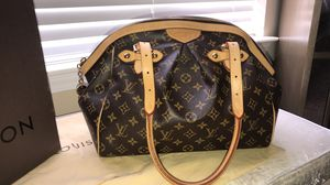 Louis Vuitton bag for Sale in Walled Lake, MI