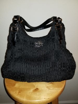 Authentic Coach Shoulder Bag for Sale in Charlotte, NC