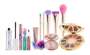 Serhora makeup and brushes. for Sale in Philadelphia, PA