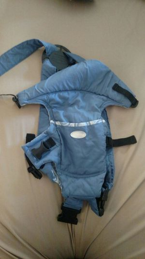 Infantino Easy Rider Baby Carrier for Sale in San Diego, CA