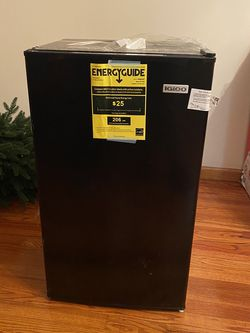 New Igloo Mini Fridge for Sale in Morrow,  GA