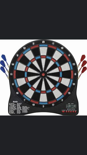 Electronic dart board with extra darts for Sale in Port St. Lucie, FL