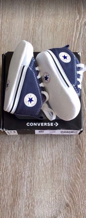 Converse Baby-Crib Shoe-Size 3 for Sale in Marysville, WA
