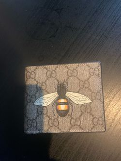 Gucci Wallet Supreme Bee for Sale in Lorton,  VA