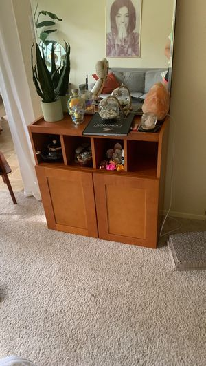 Cabinet /table for Sale in Seattle, WA