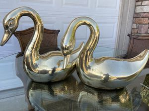 Large swans brass for Sale in Wildomar, CA