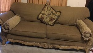 Matching Sofa and Chair w/ decorative pillows for Sale in Columbus, OH