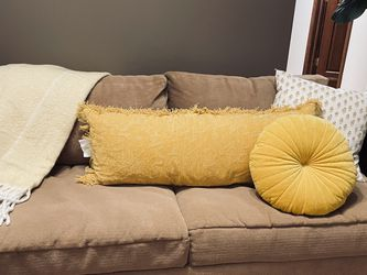 Boho Pull Out Sleeper Couch for Sale in Arlington Heights,  IL