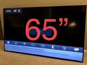 """65"""" vizio smart tv with wall mount for Sale in Vancouver, WA"""