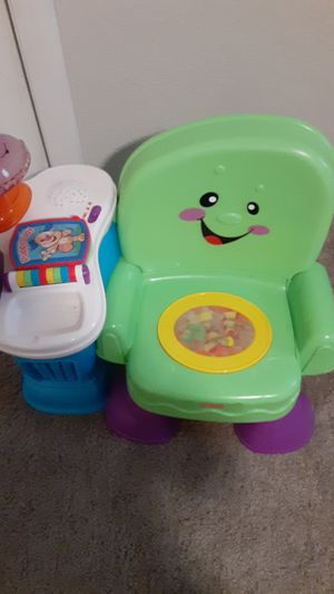 Fisher price chair for Sale in Alafaya, FL