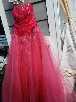 Prom dress for Sale in Puyallup, WA