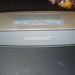 Bose Soundlink Mini Bluetooth Speaker for Sale in Phoenix, AZ